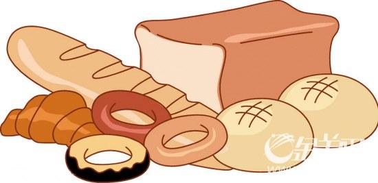 松软面包加了许多改良剂   许多人都喜欢松软面包那独特的蓬松口感。可这样的蓬松后面藏着什么秘密呢?如果你将面包使劲揉捏,就会发现面团实际上还不到面包体积的1/3。有50多年从业经验的面包制作高级工程师、天津焙烤食品糖制品工业协会理事苗嘉琦说,这全是面包改良剂的功劳。   苗嘉琦表示:传统的面包制作方法是不需要使用面包改良剂的,一般甜面包只需高筋面粉、鸡蛋、糖、黄油、酵母。但是,面包改良剂能让面包更柔软、弹性更好,卖相更好。同样大的面团,传统做法制成面包后会增大1.